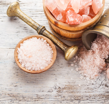 Himalayan salt in a mortar
