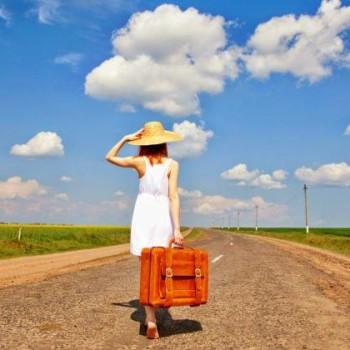 cosa-mettere-in-valigia-estate-vacanza-rimedi-naturali