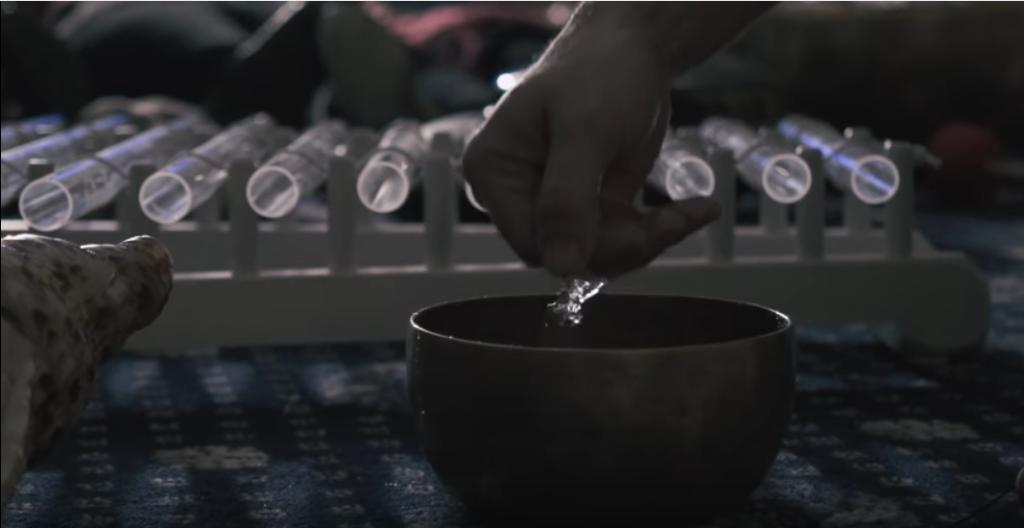 preparazione-bagno-di-gong-campane tibetane